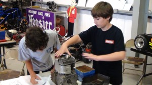 Hands on Enginerring class at ummer Camp